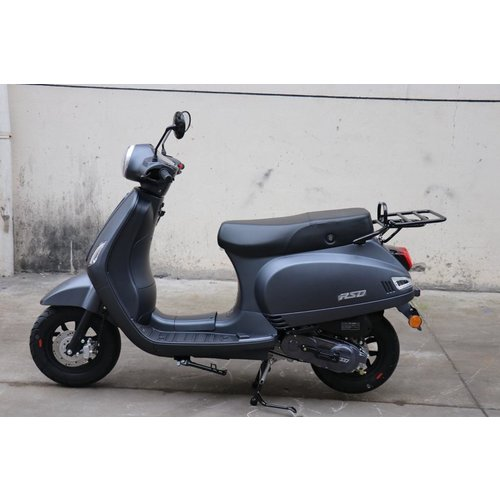 Fullset of plastic for Dark Matte Black RSO Sense/VX50/Riva/vespa-look