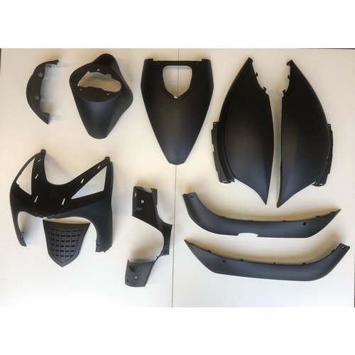 Full plastic Mat black RSO Arrow/Sp50/Streetline/zip-look