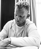 Dirk Kuyt gesigneerd memorabilia