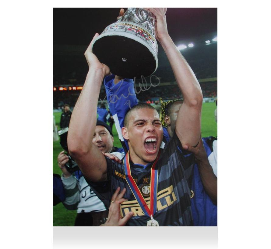 Ronaldo Gesigneerde Internazionale UEFA Cup Foto