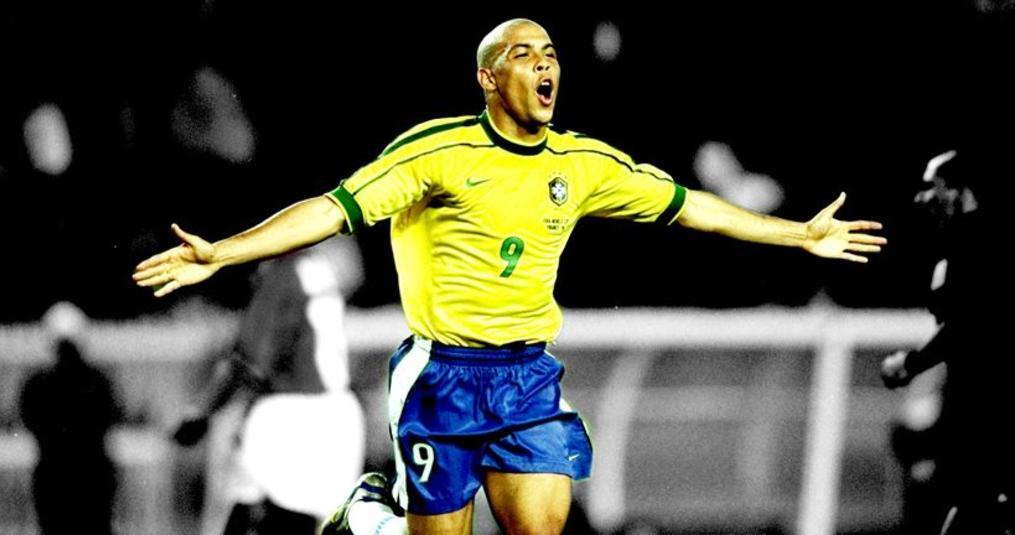 Ronaldo stelt zijn favoriete elftal ooit samen