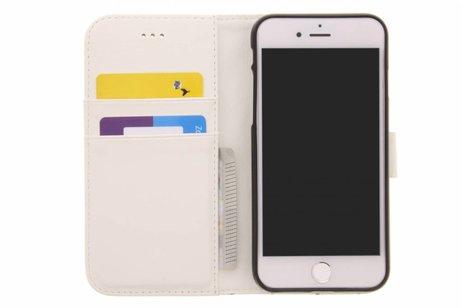 Design Softcase Booktype voor iPhone 8 / 7 - Emoji Lachen
