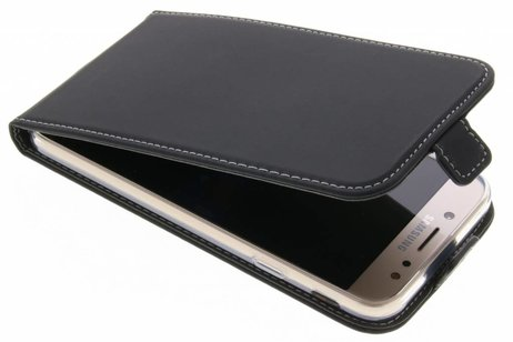 Samsung Galaxy J7 (2017) hoesje - Accezz Flipcase voor Samsung