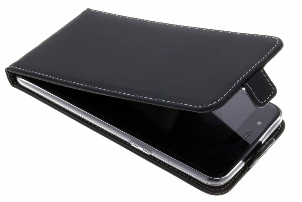 Accezz Flipcase voor OnePlus 5 - Zwart