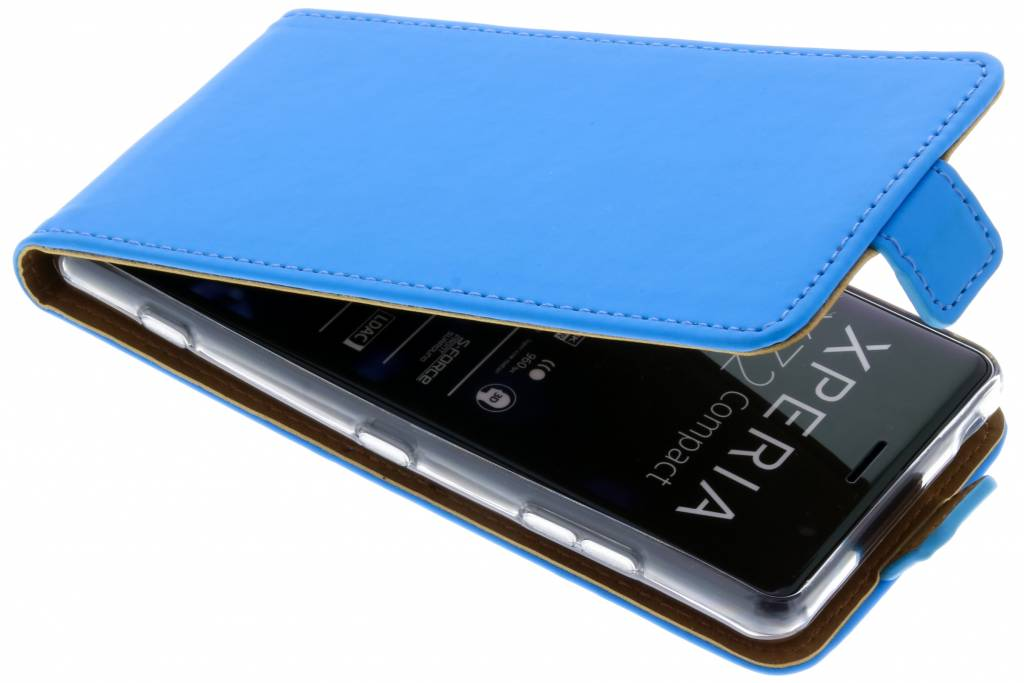 Selencia Blauwe Luxe TPU Flipcase voor de Sony Xperia XZ2 Compact