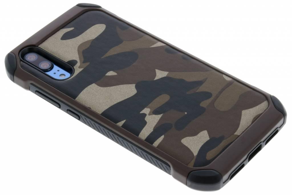 Army Defender Backcover voor Huawei P20 - Bruin