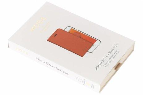 dbramante1928 New York 2-in-1 Wallet Booktype voor iPhone 8 / 7 / 6s / 6 - Bruin