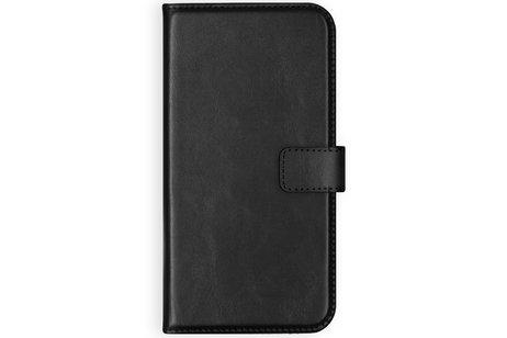 Selencia Echt Lederen Booktype voor iPhone SE (2020) / 8 / 7 / 6(s) - Zwart