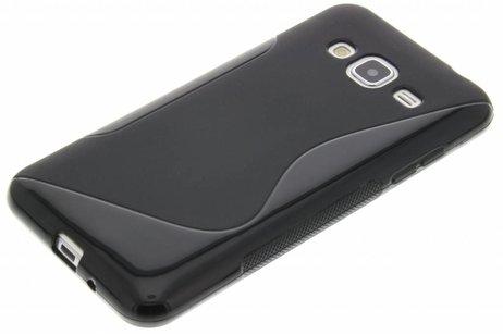 S-line Backcover voor Samsung Galaxy J3 / J3 (2016) - Zwart