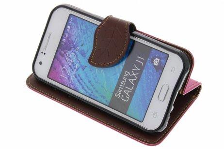 Blad Design Booktype voor Samsung Galaxy J1 - Fuchsia
