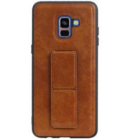 Grip Stand Hardcase Backcover für Samsung Galaxy A8 Plus Braun