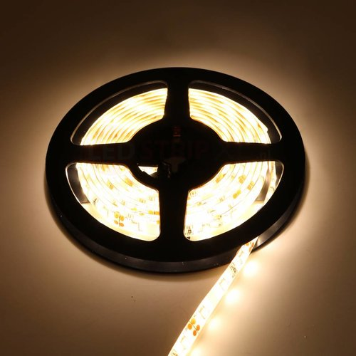 LED Strip Warm Wit 2.5 Meter 60 LED per meter 12 Volt - Ultra