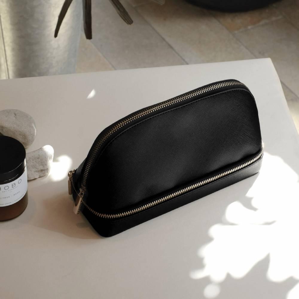 MakeUp Bag Black-2