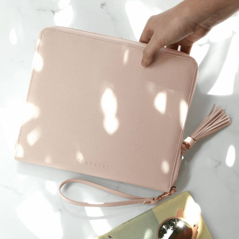 Clutch in Blush-3