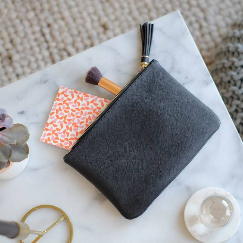 Make-Up Pouch Black-3