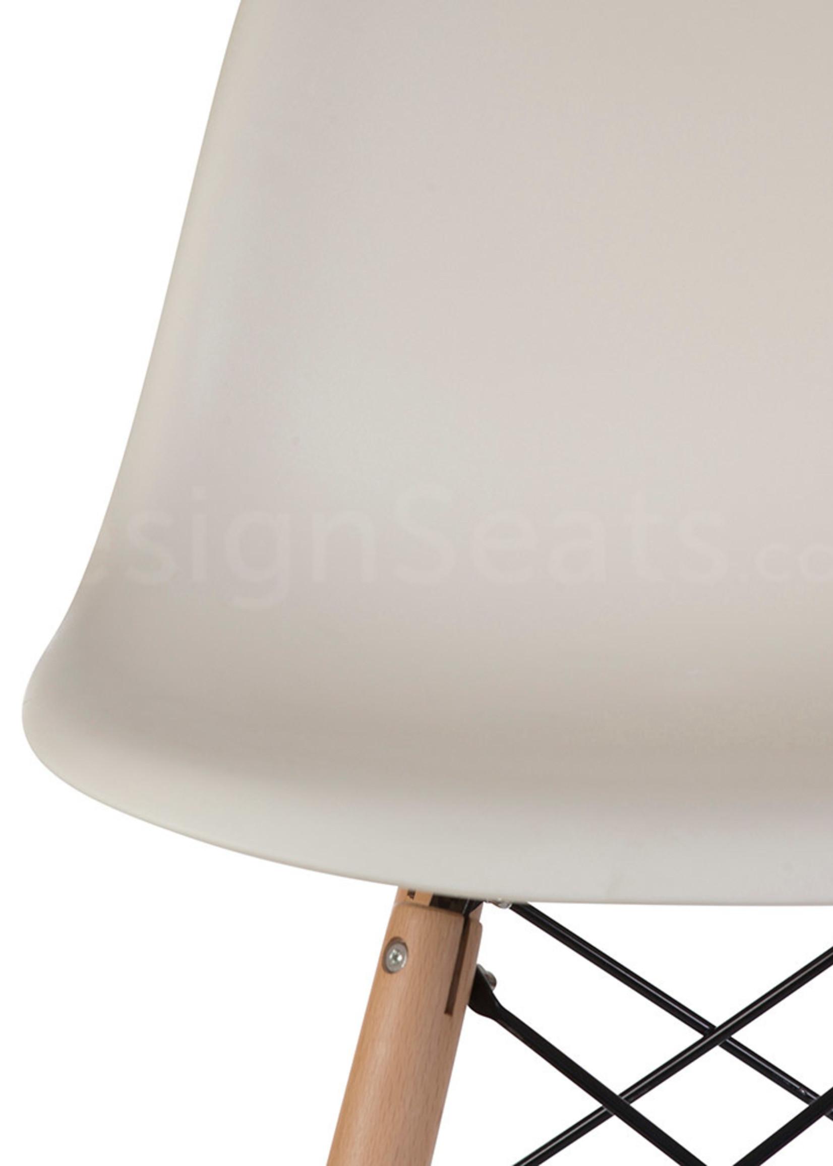 DSW BAR Eames Barstoel Gebroken wit