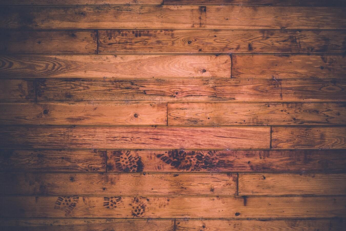 Een bamboe vloer. Mooi! Maar hoe hou je hem zo?