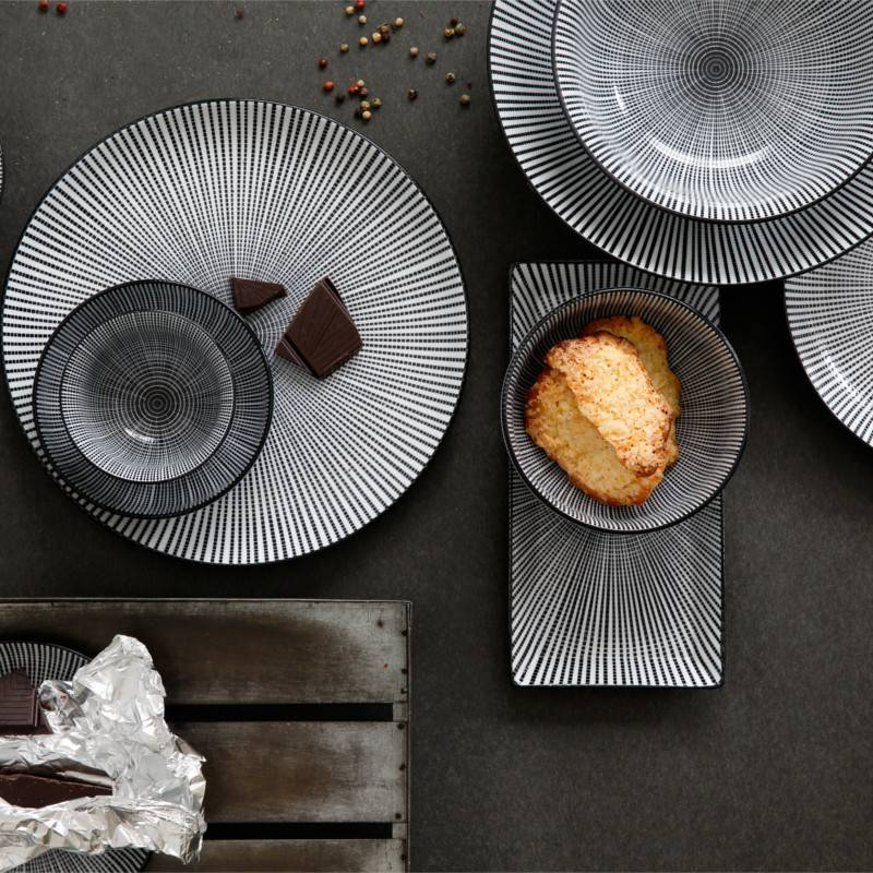 Tokyo Design Studio Tokyo Design Studio Sendan Tokusa Black Teller Rechteckig 23 x 11,5 cm