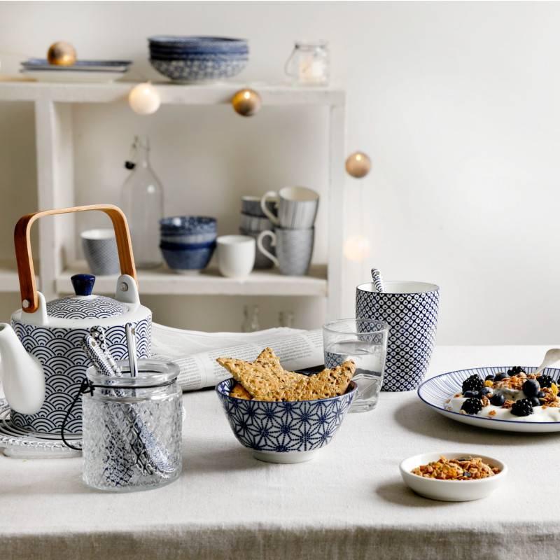 Tokyo Design Studio Tokyo Design Studio New Nippon Blue 5 piece Tea Set. Teapot 0,8 liter with 4 Tea cups 180 ml