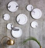 Yvonne Ellen Yvonne Ellen London Monochrome Set van 1 Diner Bord Ø 26,5 cm en 1 Salade Bord Ø 16 cm - Walvis Print - Bone China Porselein - In prachtige Geschenkdoos