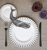 Yvonne Ellen London Monochrome Set van 1 Diner Bord Ø 26,5 cm en 1 Salade Bord Ø 16 cm - Walvis Print - Bone China Porselein - In prachtige Geschenkdoos