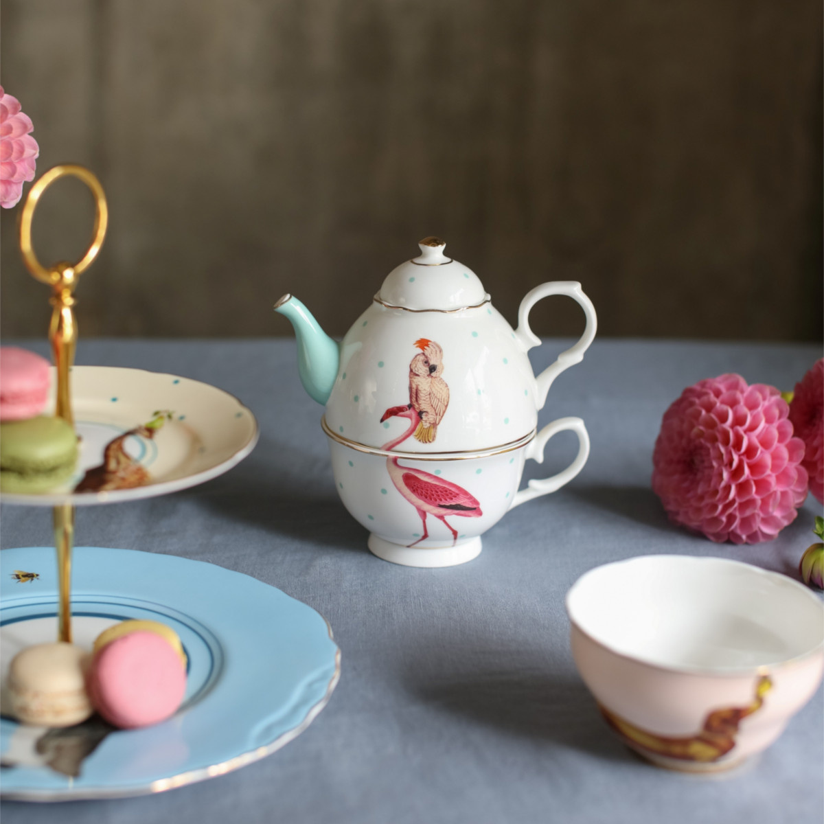 Yvonne Ellen London Yvonne Ellen - Carnival Animal - 'Tea for One' Theepot 900 ml - Flamingo Print - Bone China Porselein - In Fraaie Geschenkdoos - Copy