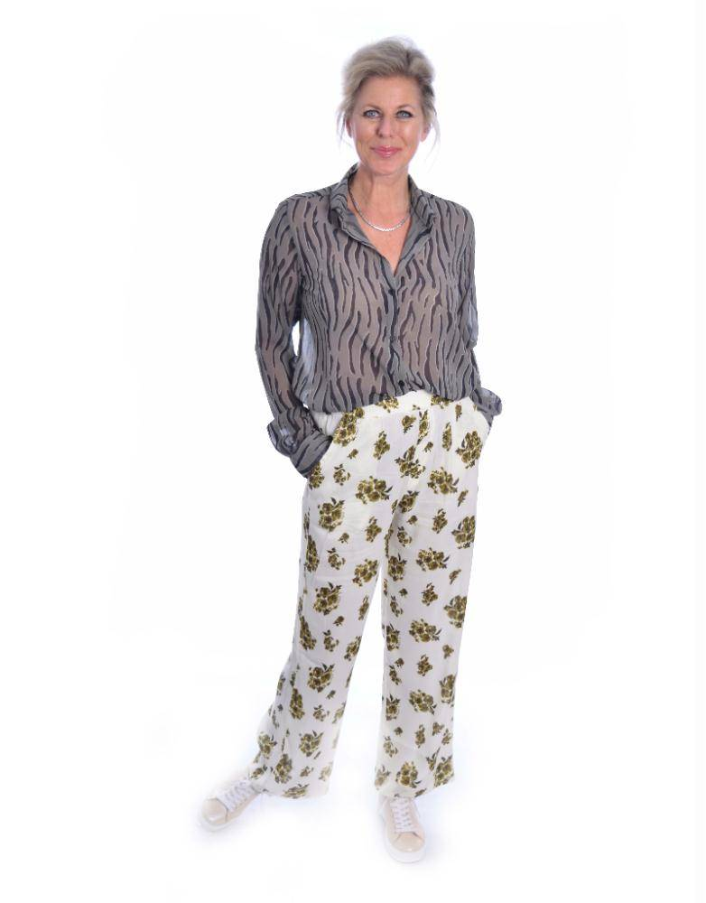 Amator Soft White Flower Pants Torres