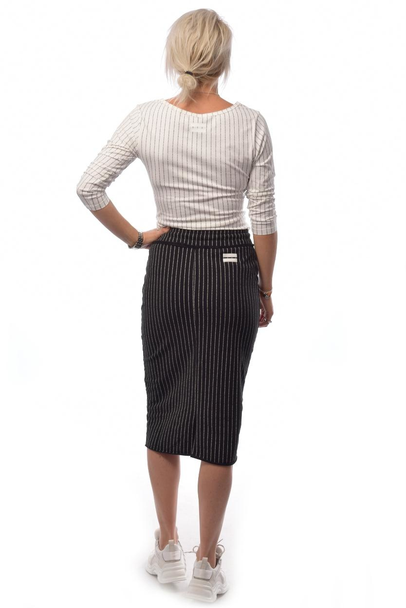 10Days Black Asymmetrical Skirt Text 20.101.9103/8
