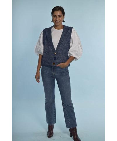 Essentiel Antwerp look met een mooie blauwe jeans