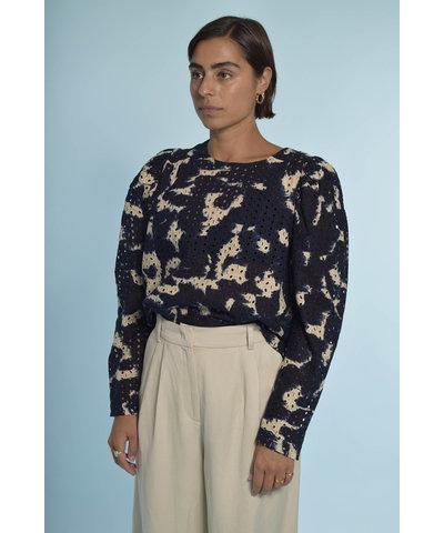 Navy blouse met een Essentiel Antwerp broek