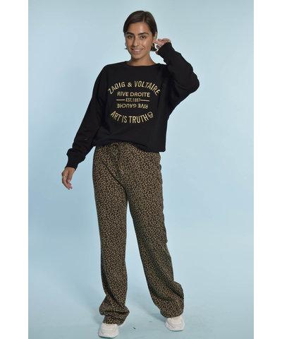 Leopard pants met Zadig & Voltaire T-shirt