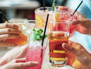 Zomerse alcoholvrije cocktails voor tijdens je zwangerschap