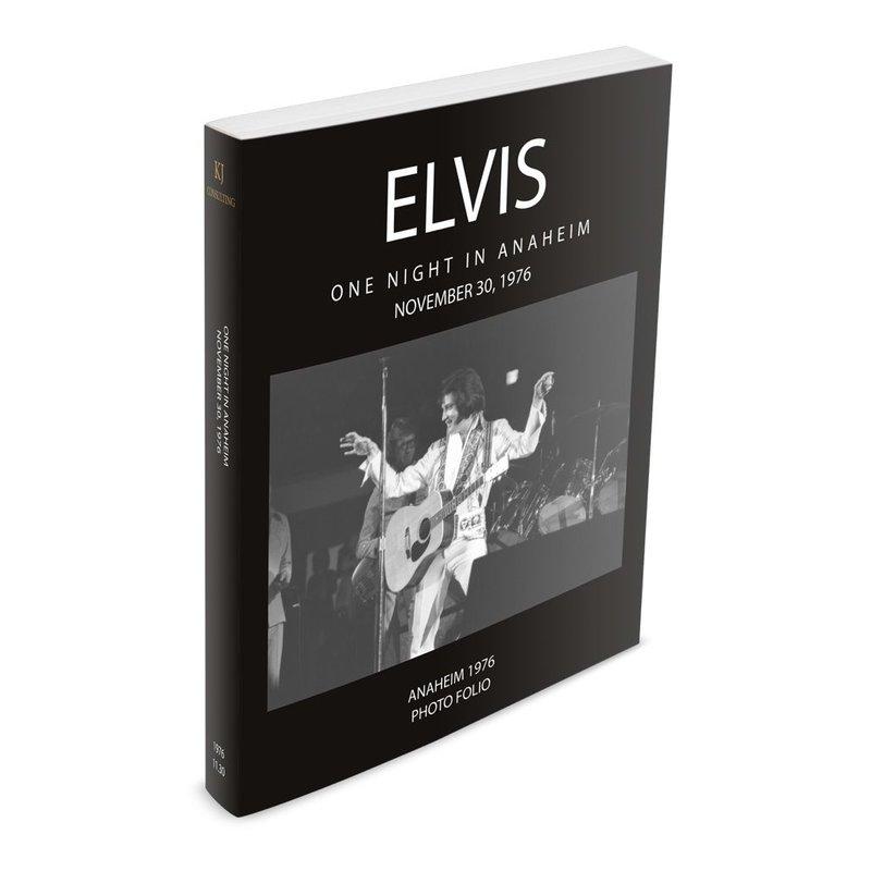 Elvis One Night In Anaheim 30 november 1976 Photo Folio Softcover Book