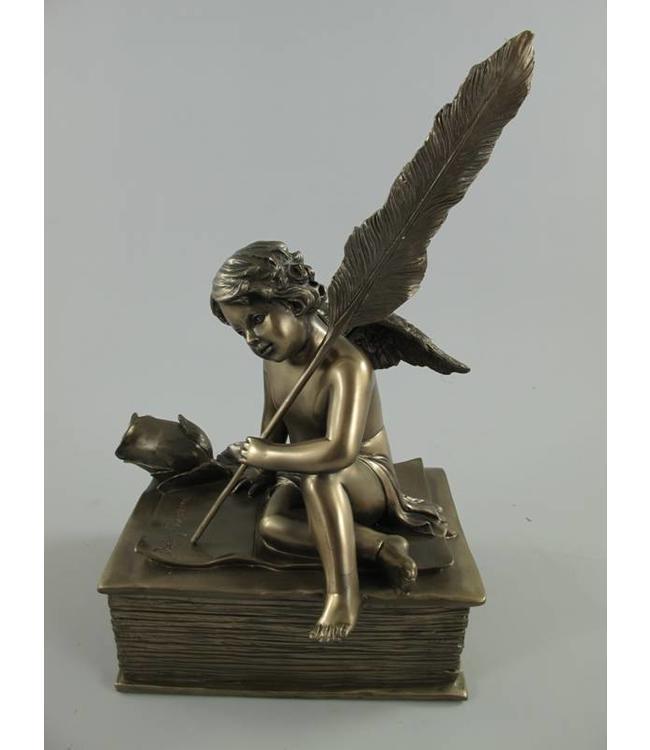 Schale mit Engel
