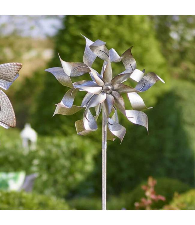 Windmühle aus Metall auf Stab, Höhe 180 cm