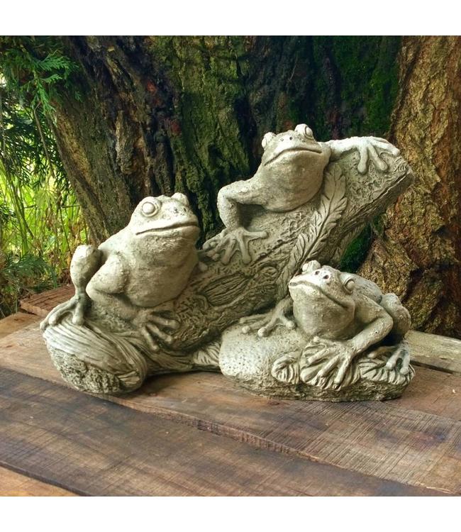 Steinfiguren Frösche