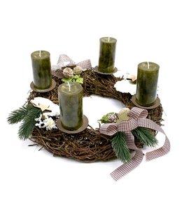 Weihnachtsdeko Vintage Weihnachtskranz mit grünen Kerzen