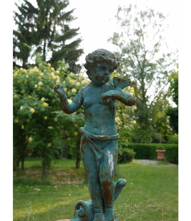 """Gartenfigur """"Putte mit Schmetterling"""" Vintage"""