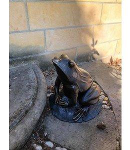 Gartenfigur Frosch mit exklusiver Antik-Patina