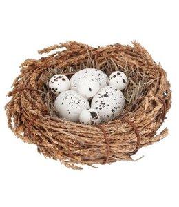 Landhaus Nest mit Eiern