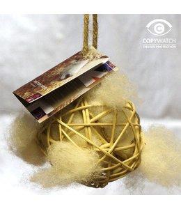 Ball mit Wolle für Nestbau