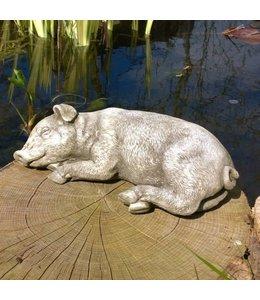 """Steinfigur """"Schlafendes Schwein"""" mit Antik-Patina für den Landhausgarten"""