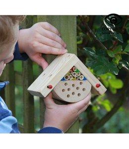 Kleines Insektenhaus für Kinder