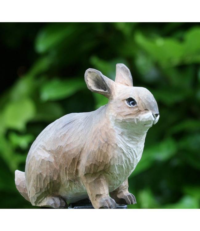 Kaninchen handgeschnitzt