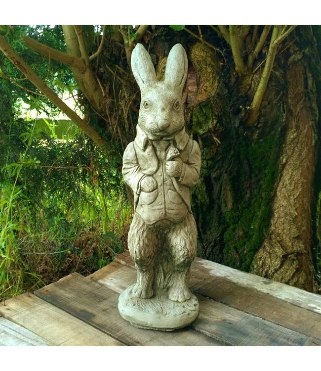 Peter Rabbit aus England - Kultige Garten-Steinfigur aus England