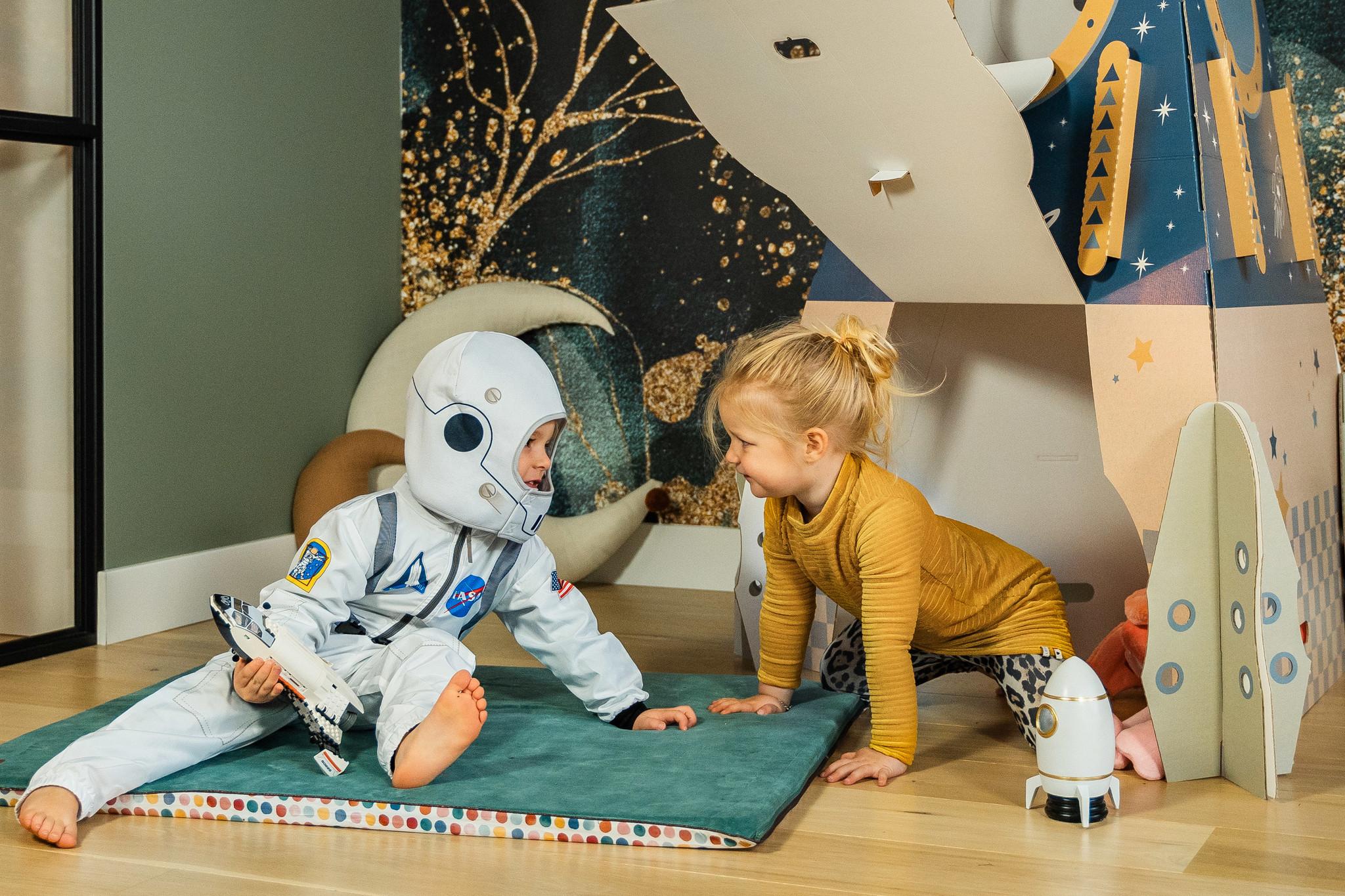 EVE kids Kartonnen raket