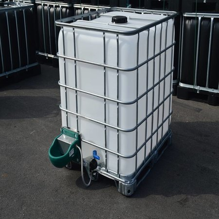 IBC Wassertank Neu 1000L, auf Stahl/PE-Palette mit Weidetränke und Verbindungsset.