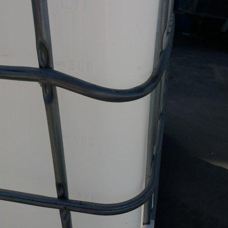 IBC Tank, Regenwassertank 1000L WEISS Algenschutz auf Stahl oder PE-Palette 2.Wahl