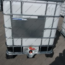 IBC Tank 1000L mit UN-Zulassung, rekonditioniert auf Stahl/PE-Palette