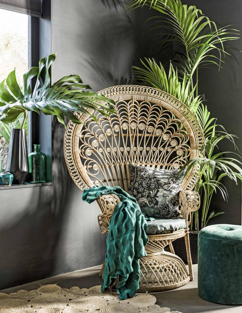 Dark tropical styling ready for the new season! - seen at vtwonen